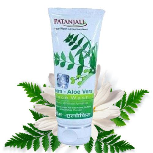 Patanjali Neem Aloevera Face Wash – 60 gm