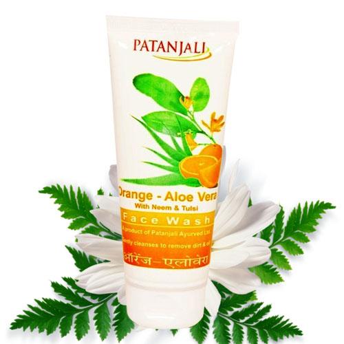 Patanjali Orange Aloevera Face Wash – 60gm